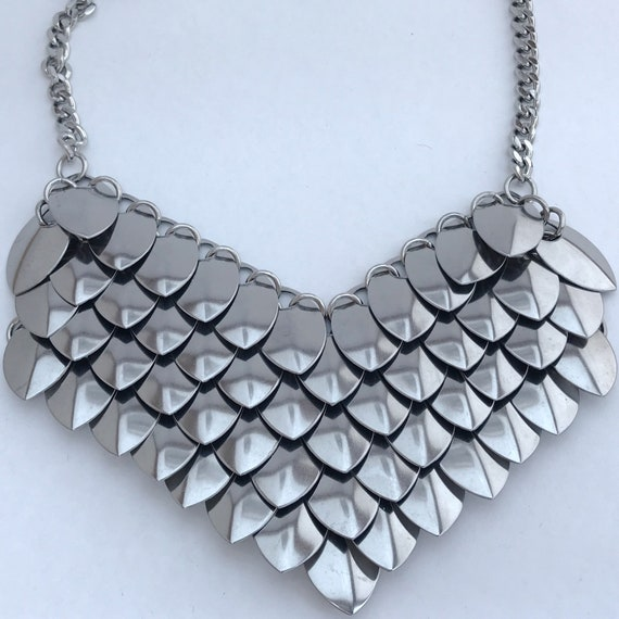 Warrior Princess stainless steel scale chainmaille necklace