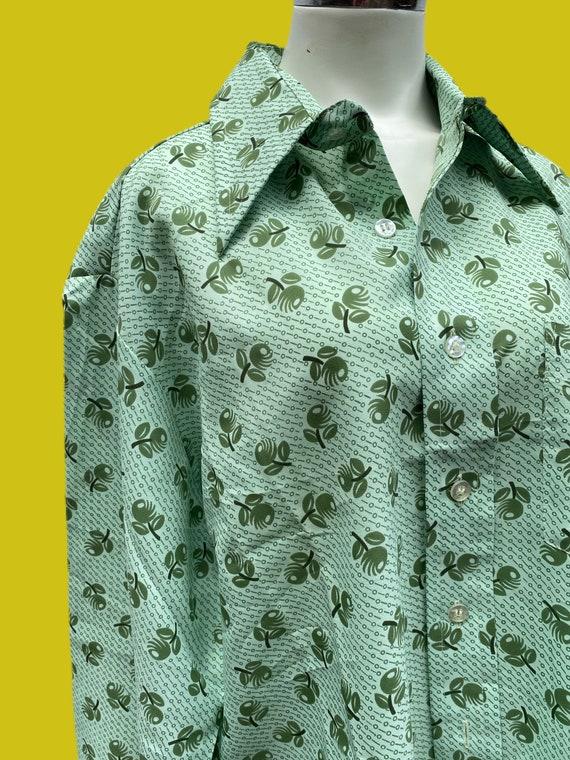 1970s MOD novelty print Olive shirt// fruit print… - image 5