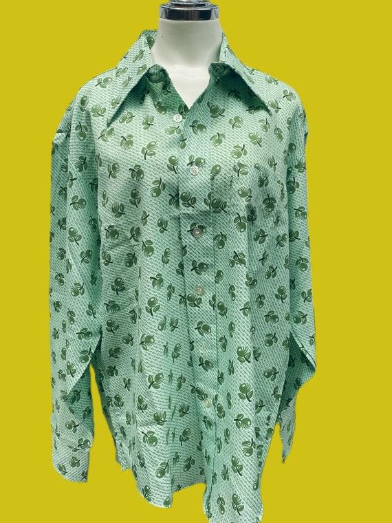 1970s MOD novelty print Olive shirt// fruit print… - image 2