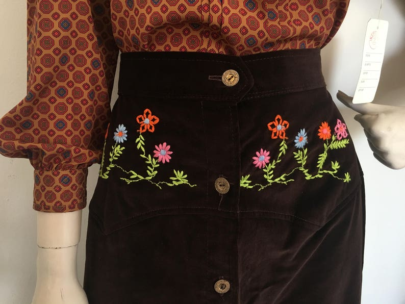 Hippie chick embroidered maxi  1970s velvety button down skirt  boho style 70s skirt  crouched flower skirt