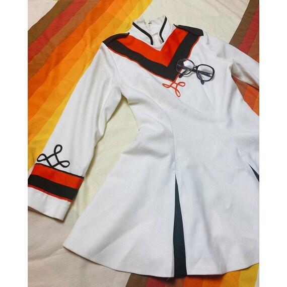 VtG 70s Majorette dress // 1960s marching band cos