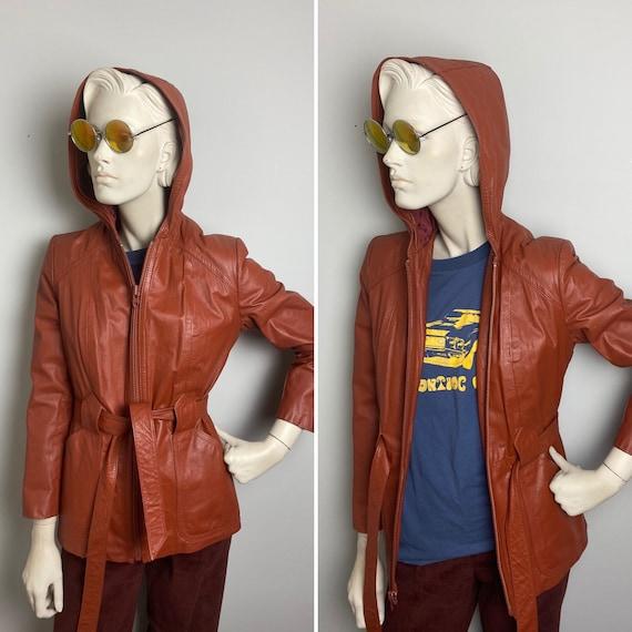 Badass biker babe 70s hooded leather jacket // tru