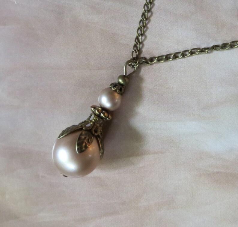 Pearl Pendant Necklace Vintage Pendant Blush Pearl Necklace Vintage Jewellery Antique Jewelry Bronze Pendant Gift for her machericomau