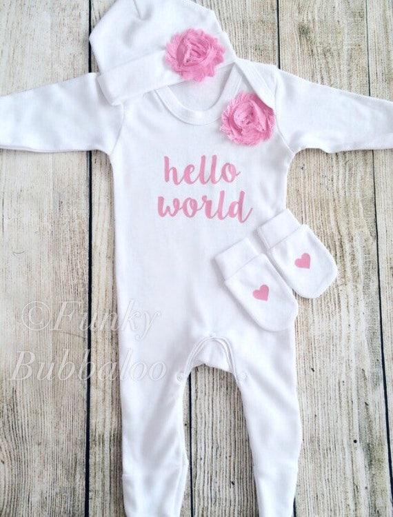 Go Hello World: Hello World Newborn Outfit Baby Pink Bodysuit & Hat Going