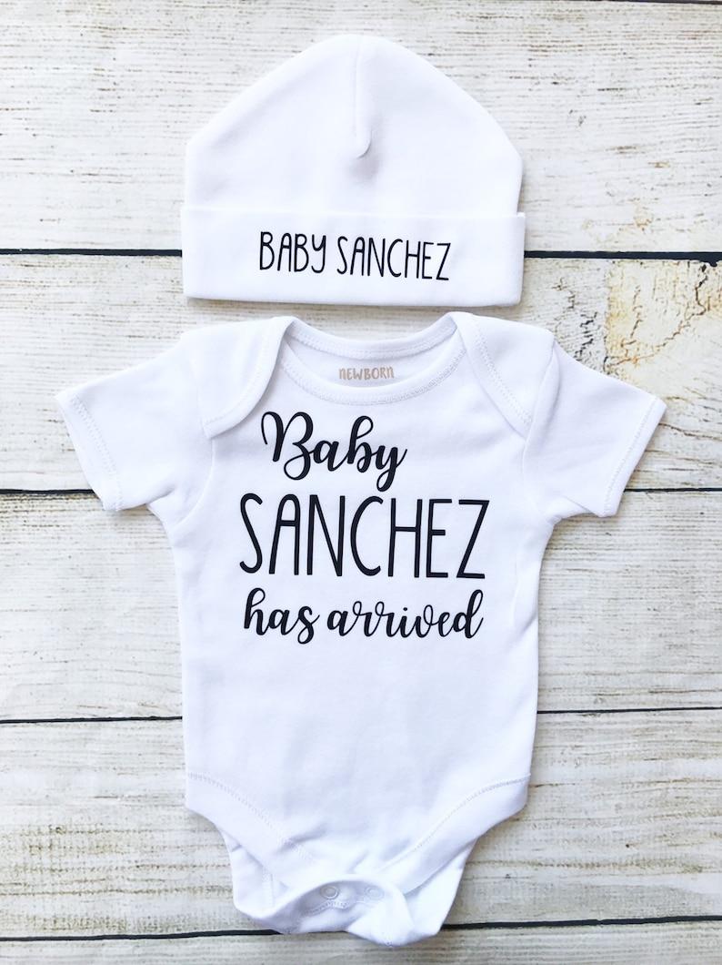 Personalised Unisex Baby Newborn Outfit  Hello World Black  image 0