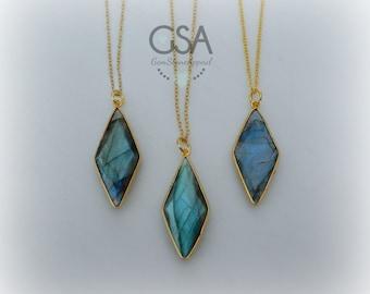 Labradorite Necklace//Gold Labradorite Necklace//Blue Flash Labradorite//Labradorite Flash Necklace Gold Chain//Genuine Faceted Labradorite
