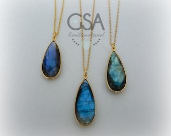 Labradorite Necklace//Gold Labradorite Necklace//Blue Flash Labradorite//Labradorite Flash Necklace Gold Chain//Genuine Labradorite Teardrop