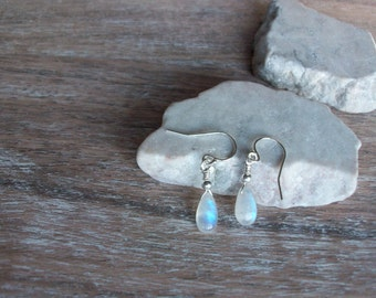 Rainbow Moonstone Earrings Sterling Silver Moonstone Earrings GenuineMoonstone Sterling Silver Dangle Earrings High Blue Flash Earring E0118