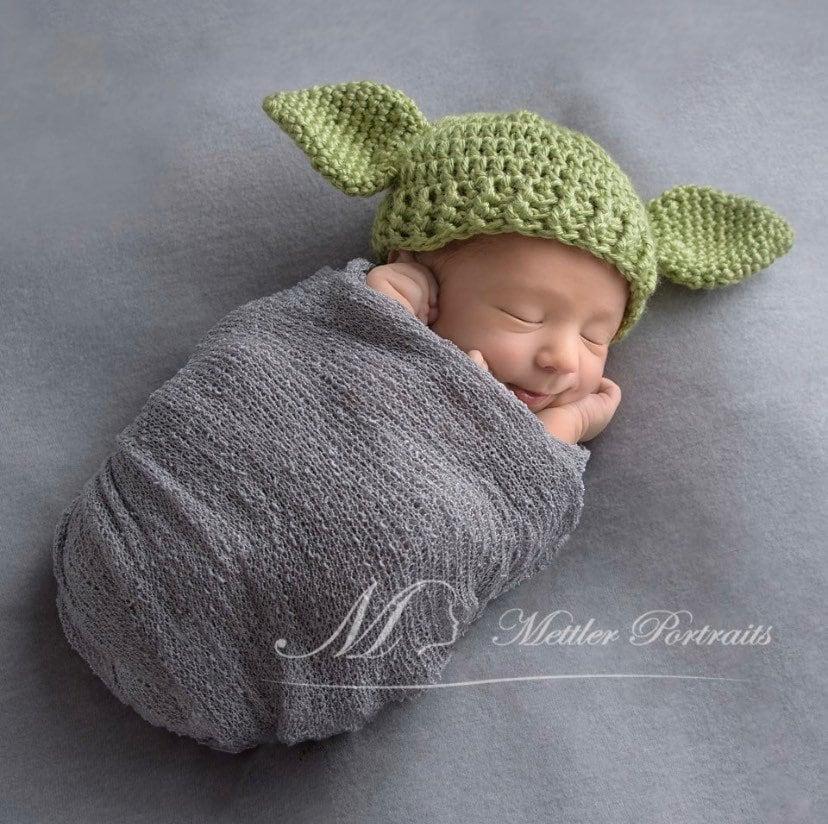 Crochet baby Yoda Hat Photo Prop