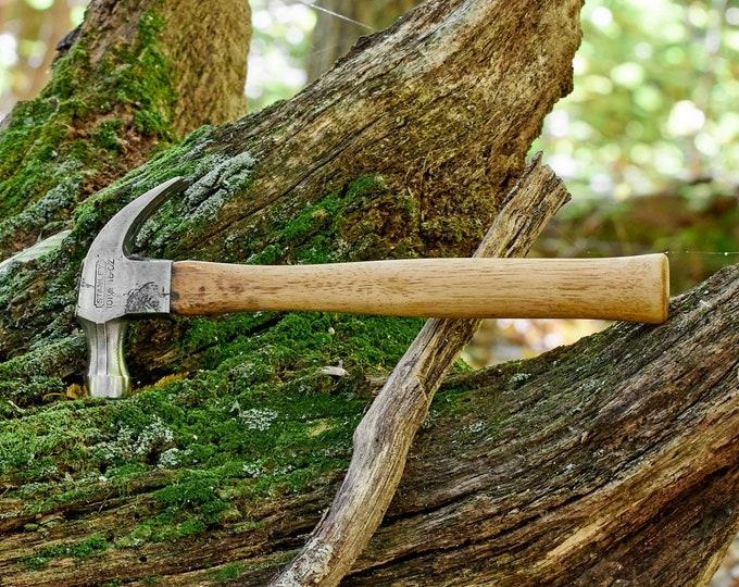 Vintage hammer Stanley 101 1/2 16 oz claw hammer