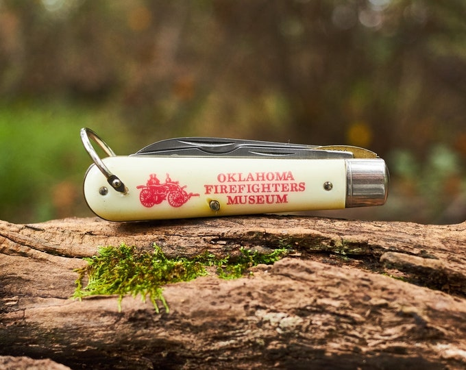 Vintage pocket knife from the Oklahoma Firefighters Museum made by Colonial