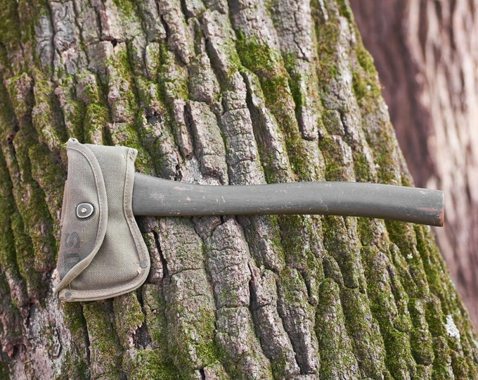 WW II hatchet American Fork & Hoe Co 1942