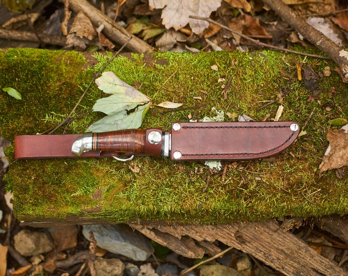 Knife Belknap Bluegrass fixed blade knife with serrated edge and custom made leather sheath