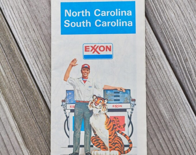 Vintage Exxon map for North Carolina and South Carolina 1980
