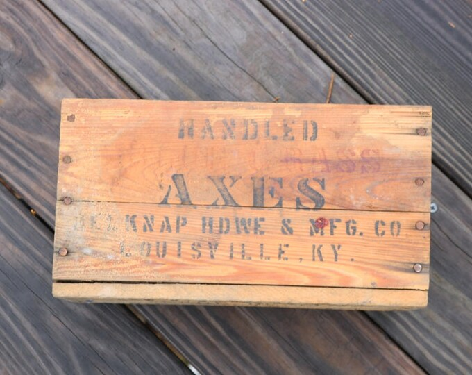Vintage Belknap Blue Grass Axe box
