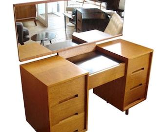 1900-1950 Sensible Stag C Range Desk Antiques