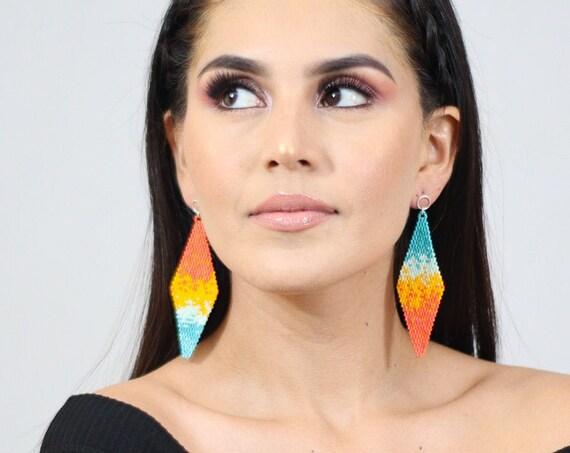 Beaded Boho Earrings, Splash Pattern, Native American Beaded Earrings, Orange, Yellow, Post Earrings, Abstract Boho Chic Earrings, Handmade