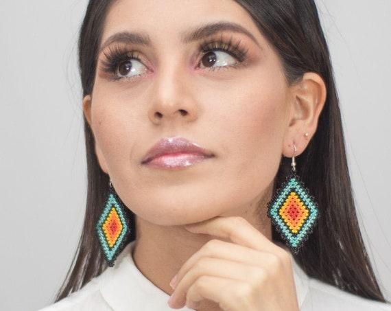 Beaded Boho Earrings, Native American Beaded Earrings, Ojo de Dios, Diamond Geometric, Beaded Earrings, Boho Chic, Handmade Earrings