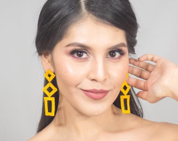 Light Orange Boho Earrings, Modern Geometric Earrings, Native American Beaded Earrings, Abstract, Shapes, Boho Chic Earrings, Handmade