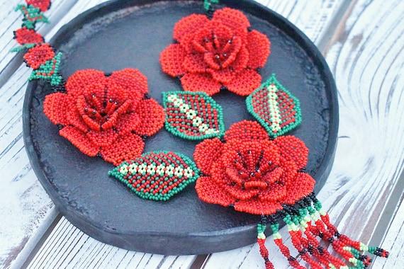 Wild Rose Necklace, Floral Boho Necklace, Native Style Beaded Necklace, Boho Chic Necklace, Roses, Flower Necklace, Indigenous Made
