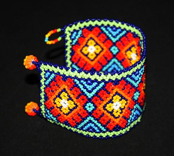 Huichol Native American Peyote Bracelet, Mexican Beaded Bracelet, Huichol Bracelet, Seed Bead Bracelet, Traditional Tribal Cuff Bracelet