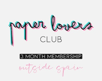Paper Lovers Club - 3 month subscription - Outside Spain