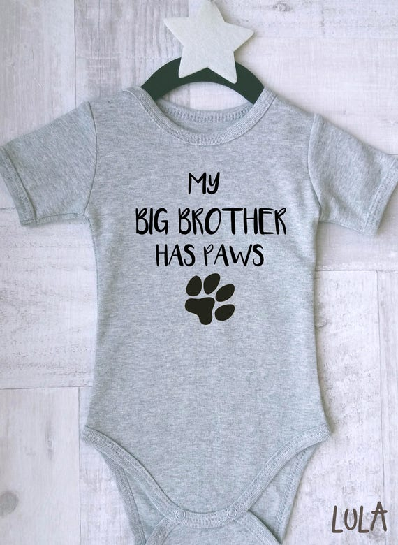 Adorable hypo print baby clothes Am I cute or what baby clothes With or without text. New