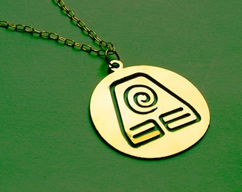 AVATAR The Last Airbender - Legend of Korra EARTH necklace - 2 colors available