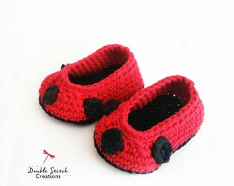 Ladybug Baby Slipper / Crochet Baby Slippers / Ladybug Baby Shoes / Lady Bird Infant Slippers / Ladybug Baby Booties / Baby Gift Ideas