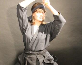 Kendogi/iaidogi training set - hakama and uvagi