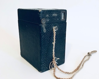 Kodak Brownie No 2 Antique Box Camera Made in USA