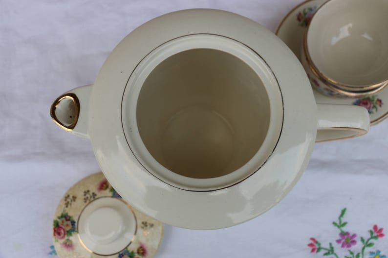 French vintage porcelain 1950 Salins tea or coffee pot French shabby chic.