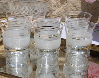 Set of 6 x 1950's French Vintage  white frosted tumblers. French Vintage Shabby Chic
