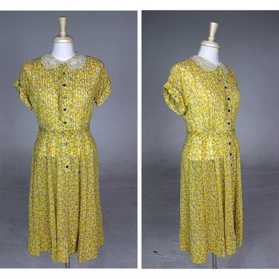 1950s Dress, 1950s Floral Dress, 1950s Button-Up D