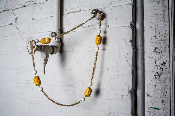 Vintage Bakelite Necklace, Bakelite Chain Necklace