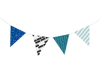 "Do it yourself ""Polaire"" paper pennant banner (8 pennants)"