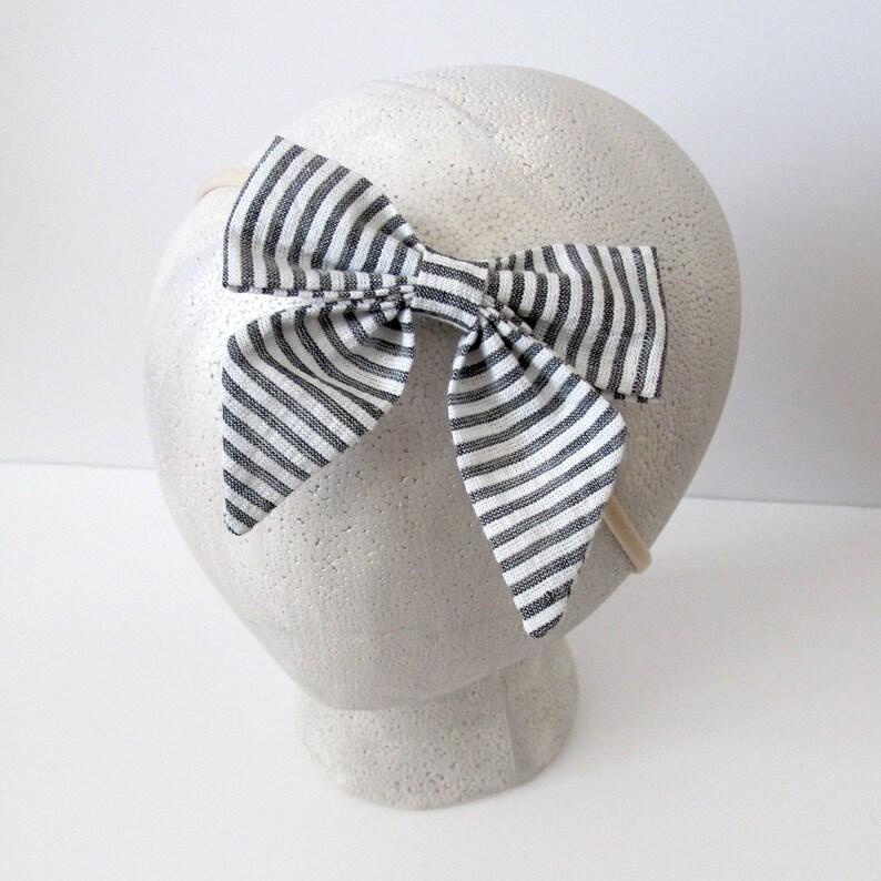 Seersucker Headband Baby Shower Gift Pigtail Bow Set Grey Bow Headband Baby Girl Bow Newborn Headband Toddler Bow Clip