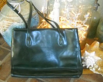 ad89f12db6fe Green Leather Shoulder Bag by DESMO Made in Italy