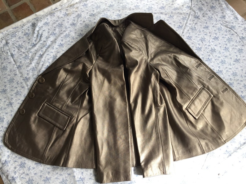 back vent 3 front buttons LAMBSKIN GOLD LEATHER JaCKET by Worthington envelope pockets notched collar Small to Medium Gold Poly Lining