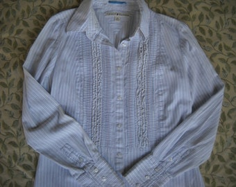 1990s Early Tommy Hilfiger Card Dealer Tuxedo Shirt in gorgeous variegated cotton weave, size Medium, Features front ruffles & pleats