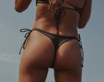 HONI Reversible String Bikini Bottoms
