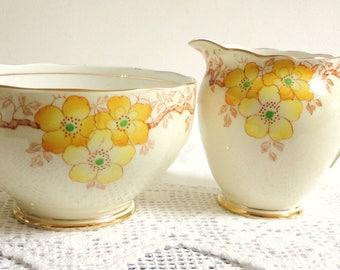 Roslyn Milk Jug Sugar Bowl Set English China  vintage fine bone Elegant High Tea Party Old Fashioned Teaset Teaware Crockery