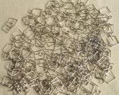 100 Pieces Sliver Connectors for DIY Prism Pendant Glass Crystal Bead Garlands Chandelier Wedding Drops Decoraion HD140504DE-1