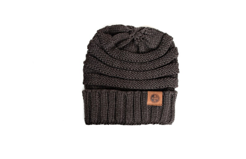 Chunky Knit Winter Hat Unisex Slouchy Beanie Choose Your Color Non Personalized Adult Beanies Warm Winter Cap for Men Women