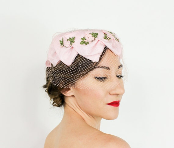 1950s Pink Petal Fascinator | 50s Pink Ring Hat