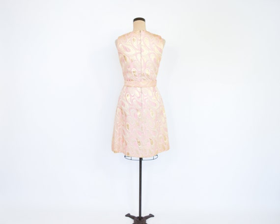 1960s Pink & Gold Metallic Brocade Dress | 60s Pi… - image 7