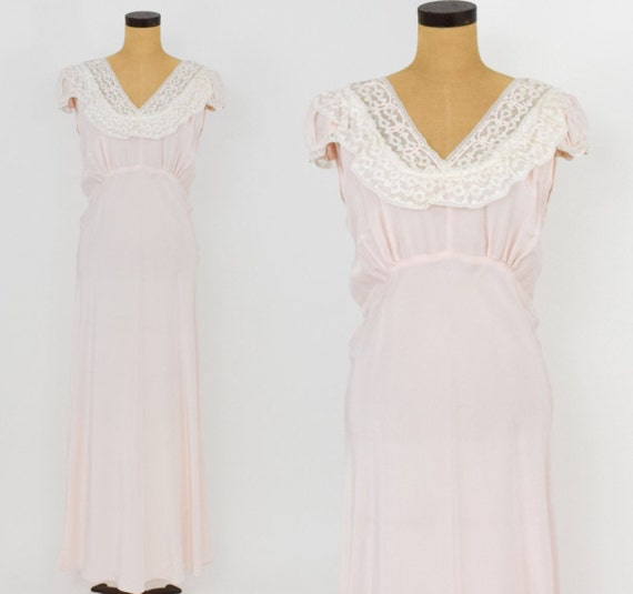 1940s Pink & Lace Nightgown | 40s Pink Ruffle Coll