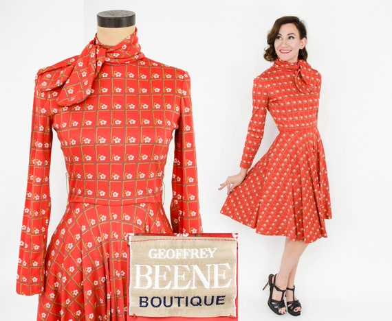 1970s Geoffrey Beene Dress 70s Red Print Knit Dres