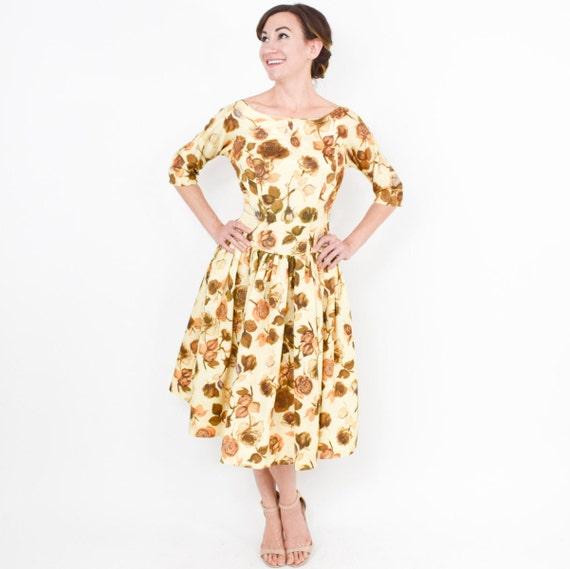 1950s Golden Floral Sateen Dress | 50s Yellow & G… - image 3