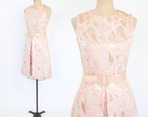 1960s Pink & Gold Metallic Brocade Dress | 60s Pi… - image 4